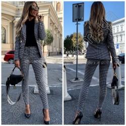 Женский костюм пиджак с брюками в клетку 14877A